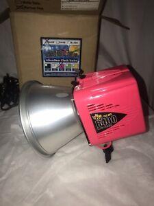 Paul C Buff Alien Bees B400 160WS Martian Pink Pro Photo Flash Unit.