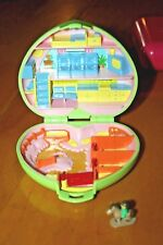 1989 Polly Pocket Pony Club Horse Stable Green Heart Compact w/1 Figure