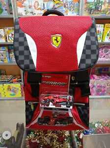 Zaino Estensibile + gadget Scuderia Ferrari