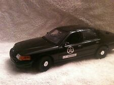 US MARSHAL POLICE UT DIECAST   FORD CROWN VIC WITH WORKING LIGHTS AND SIREN