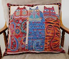 'S-CAT-TER' CUSHIONS, 3 COLOURED CATS, TAPESTRY FABRIC, FABRIC BACK - 0526