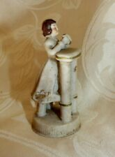 Ancien Communiant en Porcelaine Polychrome Biscuit