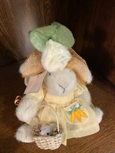 """NABCO Hoppy VanderHare """"Easter Fantasy""""1990 The Muffy VanderBear Collection NWT"""