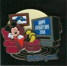 MICKEY MOUSE watching TV HAPPY FATHER'S DAY 2008 LE 2500 Disney PIN