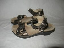 Mephisto Air Relax Comfort Sandals Women's Size 37 US Sz 7 Patent Leather Clean!