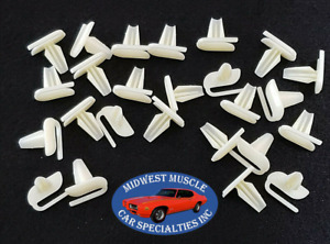"Ford 1/2""-5/8"" Push In Body Side Fender Vinyl Top Moulding Trim Clip Clips 25p J"