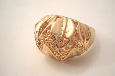 Gold Tone Horizontal Leaves and Zigzag Pattern Style Statement Ring Size T
