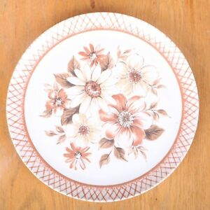 Plastic Dinner Plate With Brown Flower Floral Pattern
