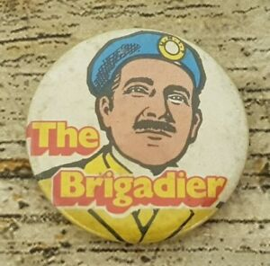 Vintage 32 mm 1971 BBC Dr Who The Brigadier Pin Badge from Kellogs