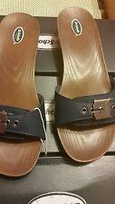 Dr. Scholl's. Sandals for woman's. Blue color.Size 8M.  Retail $ 59.99