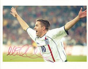 MICHAEL OWEN - Signed 10x8 Photograph - FOOTBALL - ENGLAND