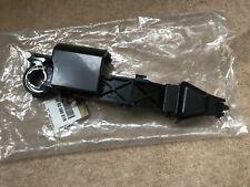 Renault Master lll   Door Handle Inner Bracket 806069981R