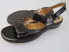 CLARKS Artisan Sarasota Black Leather Strap Sandals Women's US Size 11 Narrow