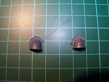 2 Space Marine Command Squad Deathwatch Shoulder Pads (bits)
