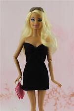 Style vintage petite robe noire tenue fait main pour poupée Barbie Silkstone C1