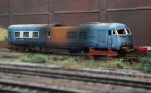 OO heavily rusted and weathered fire damaged Blue Pullman diesel loco