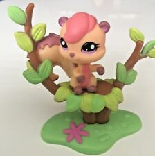 Littlest Pet Shop LPS 1601 Squirrel with Treehouse & Acorns