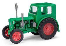 Busch 210006400 Traktor Pionier grün