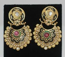 Elegant, Bollywood Vintage style earings in gold with mini pearls & pink stone