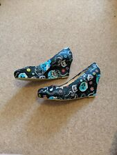 Jumex Size 7 Black Wedge Shoes With Cat Day Of The Dead Pattern Goth/Punk/Emo