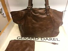 TTBE - Sac Gerard Darel Cabas Simple bag  En Cuir Marron Serigraphie Dorée