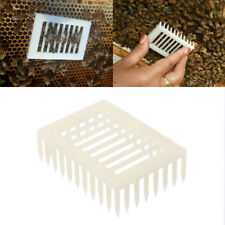 Plastic Queen Marker Cage Clip Bee Catcher Beekeeper Beekeeping Tools Equipment