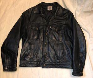 Levi's vintage 90s black leather trucker western jacket,size M or 42