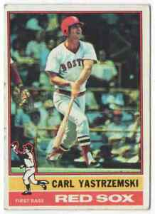 CARL YASTRZEMSKI - 1976 TOPPS #230 !