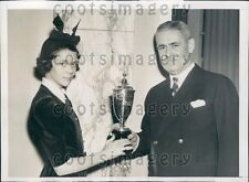 1938 Larchmont NY Girl Adrian Van Sinderen Wins Horse Show Trophy Press Photo