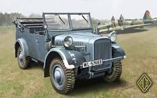 ACE 72511 1/72 Plastic WWII German Kfz.2 (Einheits-Pkw) Signals Motor Vehicle