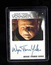 Star Trek Voyager Heroes and Villains Wayne Thomas Yorke auto. card