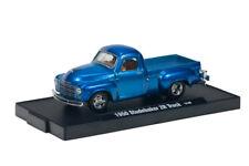 L128 M2 11228 14 MACHINES AUTO DRIVER 1950 STUDEBAKER 2R TRUCK  1:64  BLUE