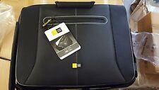 Case Logic PNM-217 17-Inch Laptop Messenger Bag (Black) New