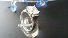 STUNNING SOLID 925 STERLING SILVER  ZIRCONIA RING  SIZE US 8 - AU  P1/2