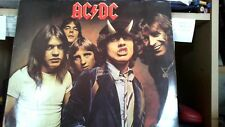 VENDS 33T   AC£DC  HIGHWAY TO HELL  made in r f a .ref.50628