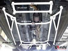 Nissan X Trail 2.0 08+ UltraRacing 4-punti Anteriore inferiore Telaietto