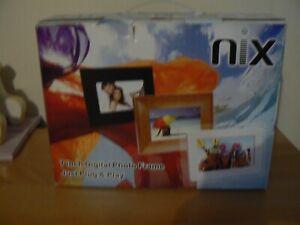 "7"" Digital photo frame. (white) nix"