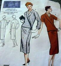 1950s VOGUE VINTAGE MODEL DRESS SEWING PATTERN 10/32.5 UNCUT