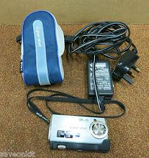 "SONY DSC-L1 Cybershot fotocamera digitale 1,5 ""LCD con Adattatore CA / caso"