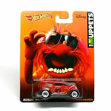 Hot Wheels 1:64 Pop Culture ASSORTMENT W CASE MUPPETS FORD SEDAN DELIVERY '34