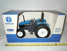 New Holland 5635 With MFWD & Rollbar  By Scale Models  1/16th Scale