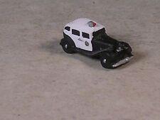 Z Scale 1932 Black and White Buick Sedan Police Car.