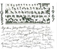 1967 Detroit Base-Ball Club Team 8 x 10 Black & White Photo w fascimile autos