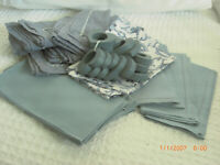 32 piece lot of blue napkins and napkin rings