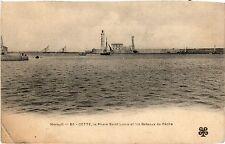 CPA  Hérault - Cette, le Phare Saint-Lous et les Bateaux de Péche   (510849)