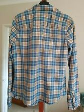 Hollister -  2 x Shirts Mens & Wonens - Size L - Hardly Worn