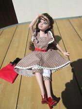 effet mélancolique pour cette robe + panty + sac + ceinture pour Ellowyne wilde