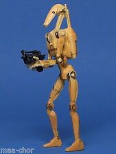 STAR WARS LOOSE AOTC VERY RARE WHITE BATTLE DROID IN ARENA BATTLE MINT. C-10+