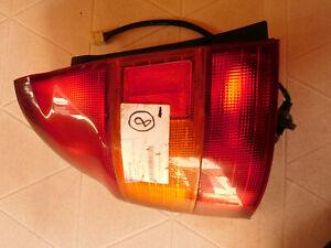 Mazda 323 P, 04-2254 Rücklicht links  (8)