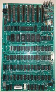Apple II Plus +  Motherboard 841-0044-D - Cleaned, Tested, Working